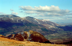 Borrowdale_from_Thorneythwaite_Fell_[70],_Lake_District_607.jpg